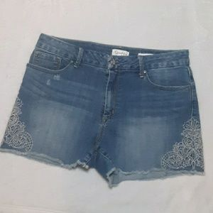 Jessica Simpson embroidered jean shorts
